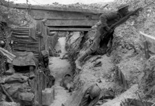 1er juillet : Commémorations de la bataille de la Somme, le «Verdun britannique»
