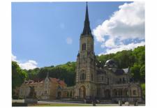 Basilique sainte Jeanne d'Arc au Bois-Chenu de Domrémy