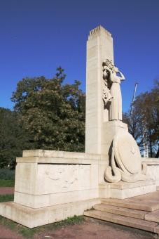 monumnet colombophile lille 1914-1918, balade historique, www.balades-historiques.com