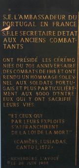 cimetiere militaire portugais, plaque commémorative, 70e anniversaire, balade historique, www.balades-historiques.com, christophe courau
