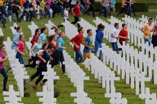 centenaire de la bataille de Verdun, commémoration Verdun, 1916, 2016, jeunes, spectacle Volker Schlondorff, balade historique, www.balades-historiques.com Eric Beracassat