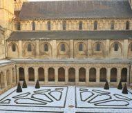 Cloître, abbaye Aux hommes, Caen, balade historique, www.balades-historiques.com