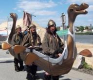 fêtes médiévales de Bayeux, bayeux, spectacle de rue, drakkar, balade hsitorique, www.balades-historiques.com