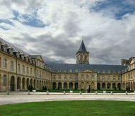 Abbaye aux Dames, Caen, bâtiments conventuels, balade historique, www.balades-historiques.com