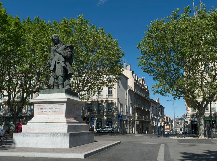 Statue Pierre-Paul-Riquet, Beziers, Eric Beracassat, canal du midi, balade historique, www.balades-historiques.com