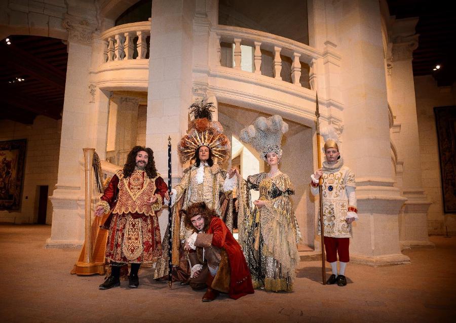 Chambord fête Noél, chat Botté, spectacle, Perrault, balade historique, www.balades-historiques.com