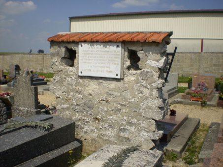 plauqe commemorative cimetiere de chambly premiere guerre mondiale bataille de la Marne 1914